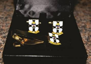 cuff links tie clip sets with the Thomian crest